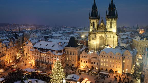 Χριστούγεννα στην κεντρική πλατεία της Πράγας